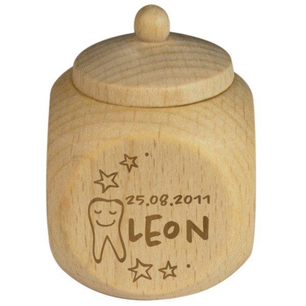 Milchzahndose aus Holz mit Personalisierung