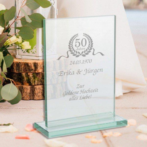 Glaspokal zur Goldenen Hochzeit mit Gravur