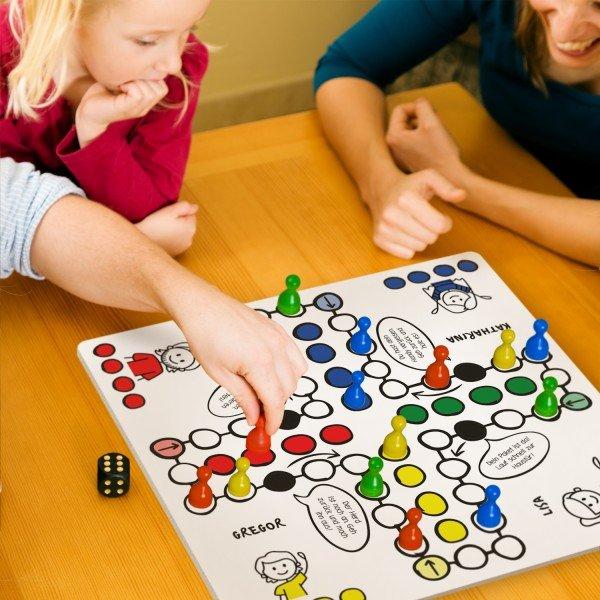 Spielbrett - Dein Gesellschaftsspiel mit Namen
