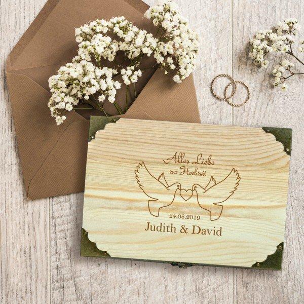 Schatzkiste zur Hochzeit mit Tauben