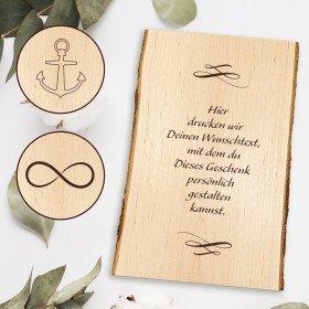 Holz-Brett mit Rinde und Wunschtext